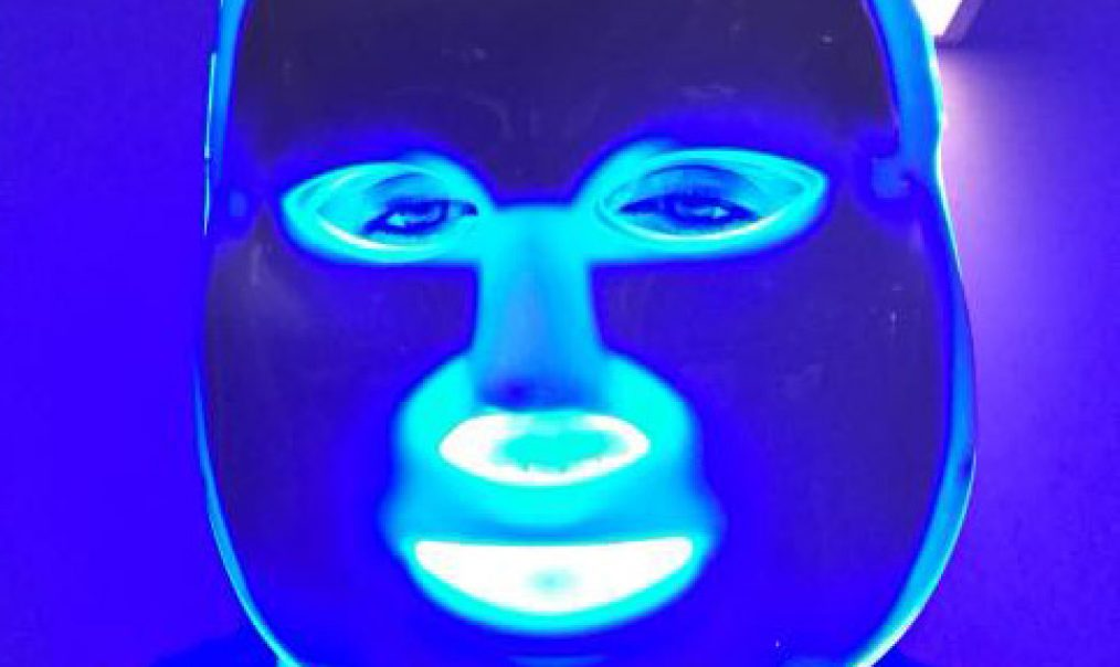 LED Light Therapy Beauty Treatment